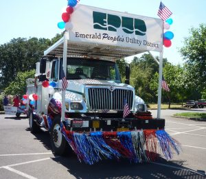 Creswell Parade - July 4 2010 Truck