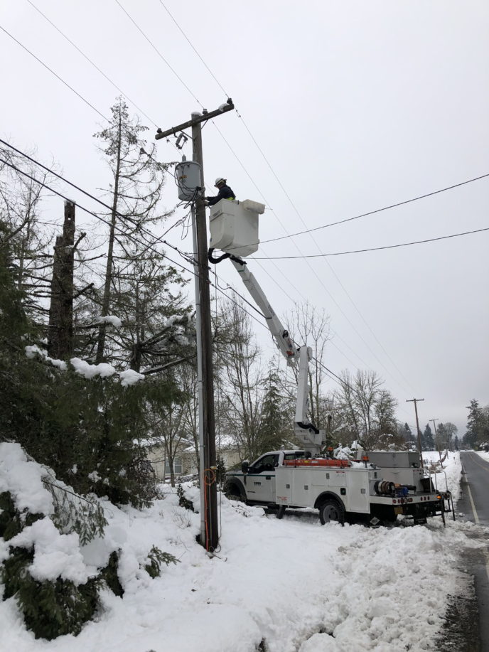 EPUD crew working on repairs in Elmira, Oregon
